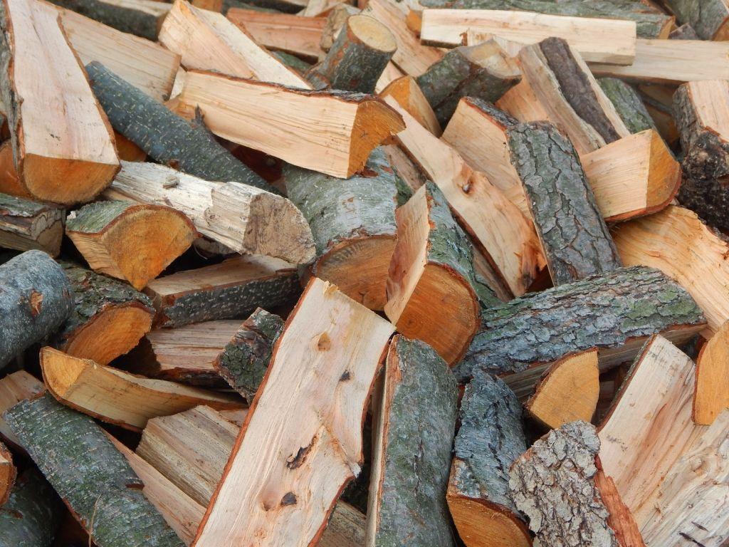Поздравление в картинке с дровами